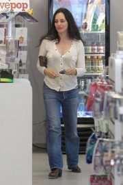 Madeleine Stowe Out Shopping in Beverly Hills 2018/12/03 8