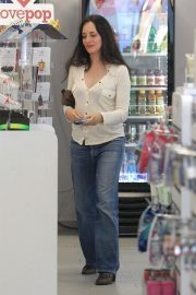 Madeleine Stowe Out Shopping in Beverly Hills 2018/12/03 9
