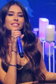 Madison Beer Performs at Z100's Jingle Ball in New York 2018/12/07 2