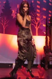 Madison Beer Performs at Z100's Jingle Ball in New York 2018/12/07 10