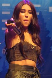 Madison Beer Performs at Z100's Jingle Ball in New York 2018/12/07 12