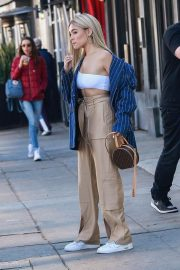 Madison Beer Shows New Hair Color Out in Los Angeles 2018/12/27 4