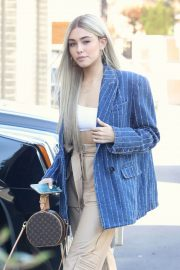 Madison Beer Shows New Hair Color Out in Los Angeles 2018/12/27 5