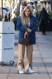 Madison Beer Shows New Hair Color Out in Los Angeles 2018/12/27 10