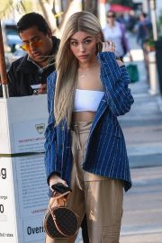 Madison Beer Shows New Hair Color Out in Los Angeles 2018/12/27 11