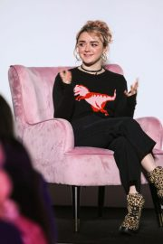 Maisie Williams at Elle Weekender 2018, Day Two at Saatchi Gallery in London 2018/12/01 7