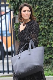 Mandy Moore Out and About in Beverly Hills 2018/12/05 9