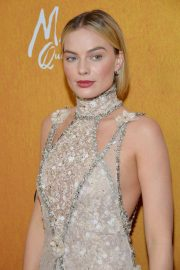 Margot Robbie at Mary Queen of Scots Premiere in New York 2018/12/04 1