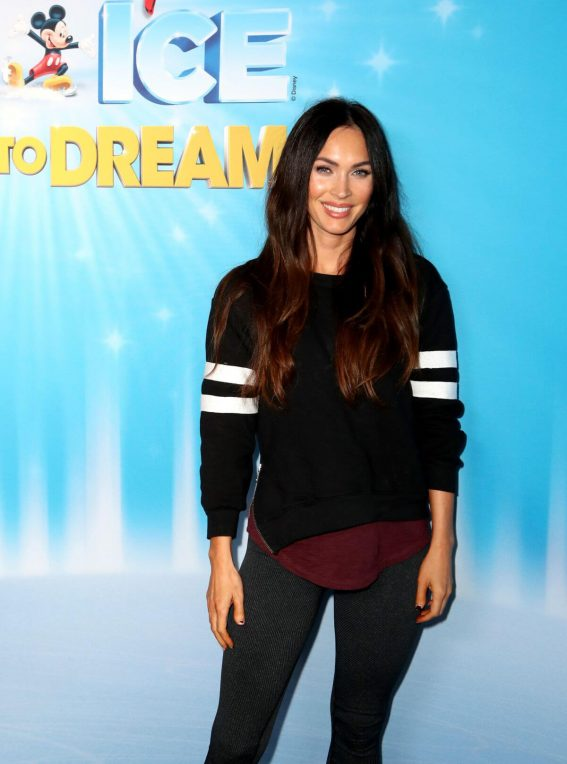 Megan Fox at Disney on Ice Presents Dare in Los Angeles 2018/12/14 1