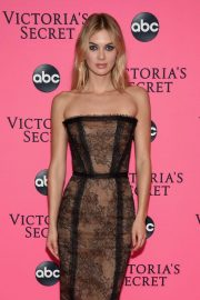 Megan Williams at Victoria's Secret Viewing Party in New York 2018/12/02 3