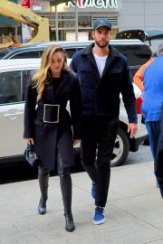 Miley Cyrus and Liam Hemsworth Arrives at NBC Studios in New York 2018/12/15 4