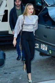Miley Cyrus Arrives at Z100 Radio Station in New York 2018/12/10 3