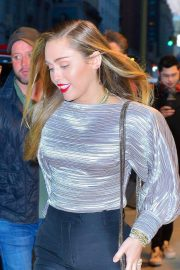 Miley Cyrus Arrives at Z100 Radio Station in New York 2018/12/10 5