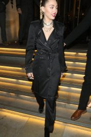 Miley Cyrus at Burberry x Vivienne Westwood Party in London 2018/12/07 8