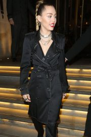 Miley Cyrus at Burberry x Vivienne Westwood Party in London 2018/12/07 9