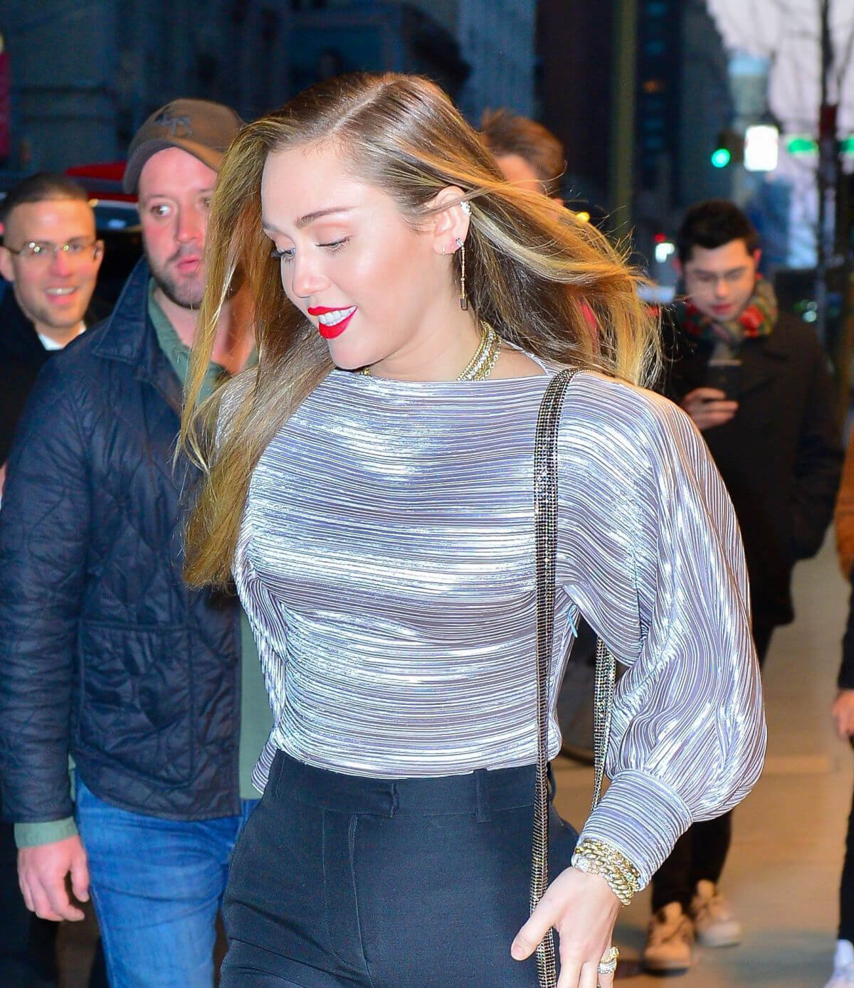 Miley Cyrus at Z100 Radio Station in New York 2018/12/10 1