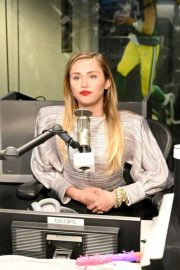Miley Cyrus at Z100 Radio Station in New York 2018/12/10 3
