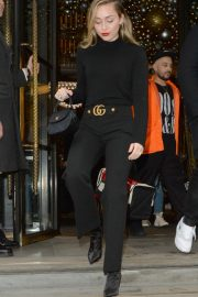 Miley Cyrus Out and About in London 2018/12/05 7