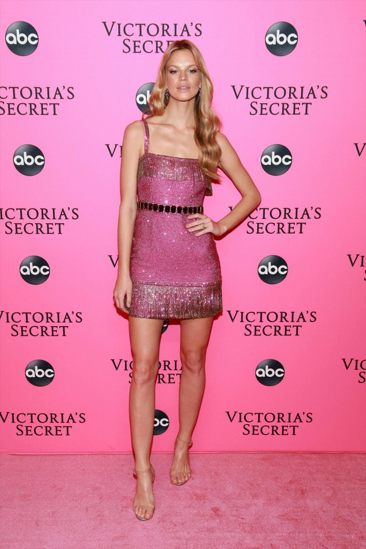Nadine Leopold at Victoria's Secret Viewing Party in New York 2018/12/02 1