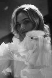 Natalie Alyn Lind for Grumpy Magazine, Fall 2018 1