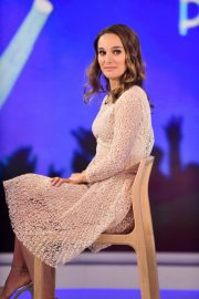 Natalie Portman on the Set of Today Show in New York 2018/12/12 7
