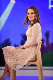 Natalie Portman on the Set of Today Show in New York 2018/12/12 10