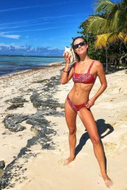 Nina Agdal in Bikini at a Beach on Instagram Pictures, December 2018 2