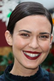 Odette Annable at Brooks Brothers Annual Holiday Celebration 2018/12/09 2