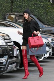 Olivia Culpo at Epione in Beverly Hills 2018/12/07 2