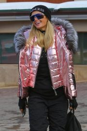 Paris Hilton Out and About in Aspen 2018/12/29 3