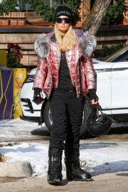 Paris Hilton Out and About in Aspen 2018/12/29 4