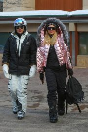 Paris Hilton Out and About in Aspen 2018/12/29 11
