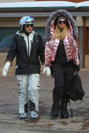 Paris Hilton Out and About in Aspen 2018/12/29 12