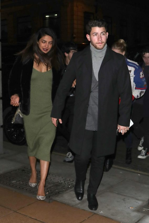 Priyanka Chopra and Nick Jonas at Sketch Restaurant in London 2018/12/28 1