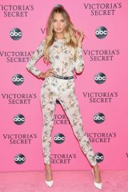 Romee Strijd at Victoria's Secret Viewing Party in New York 2018/12/02 1
