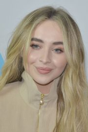 Sabrina Carpenter at Y100's iHeartRadio Jingle Ball at BB&T Center in Sunrise 2018/12/16 2