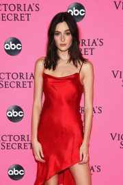 Sadie Newman at Victoria's Secret Viewing Party in New York 2018/12/02 1