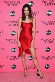 Sadie Newman at Victoria's Secret Viewing Party in New York 2018/12/02 3