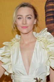 Saoirse Ronan at Mary Queen of Scots Premiere in New York 2018/12/04 6