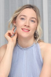 Saoirse Ronan at Mary, Queen of Scots Press Conference in Los Angeles 2018/11/28 1