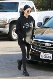 Selena Gomez Out and About in Los Angeles 2018/12/26 4