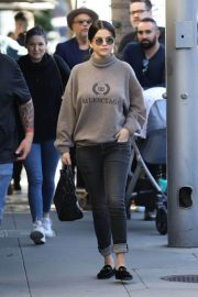 Selena Gomez Out for Lunch in Beverly Hills 2018/12/29 3