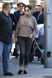 Selena Gomez Out for Lunch in Beverly Hills 2018/12/29 5