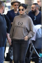 Selena Gomez Out for Lunch in Beverly Hills 2018/12/29 6