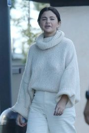 Selena Gomez Out in Los Angeles 2018/12/26 9