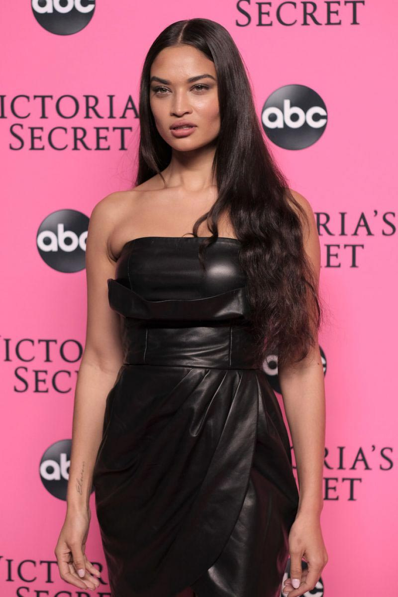 Shanina Shaik at Victoria's Secret Viewing Party in New York 2018/12/02 1