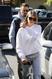 Sofia Richie Out for Coffee in Woodland Hills 2018/12/27 3