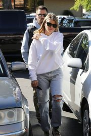 Sofia Richie Out for Coffee in Woodland Hills 2018/12/27 10