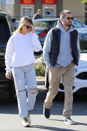 Sofia Richie Out for Coffee in Woodland Hills 2018/12/27 22