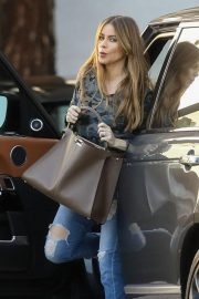 Sofia Vergara Arrives at Saks Fifth Ave in Beverly Hills 2018/11/30 7